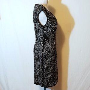 Sue Wong Dresses - Sue Wong Floral Ribbon Dress Style C4130 NWT Sz 6